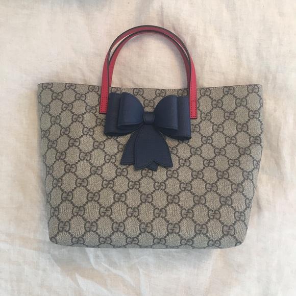 8ee23535b48 Gucci Handbags - Gucci Bow Tote